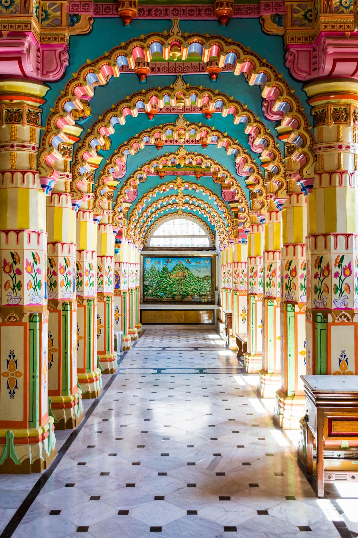 Ways of getting more off the beaten track while traveling - Jain temple in Jamnagar, India - Lost With Purpose travel blog