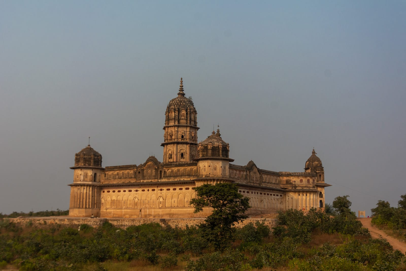 Lakshmi temple Orchha - A quick guide to travel in Orchha - Lost with Purpose travel blog