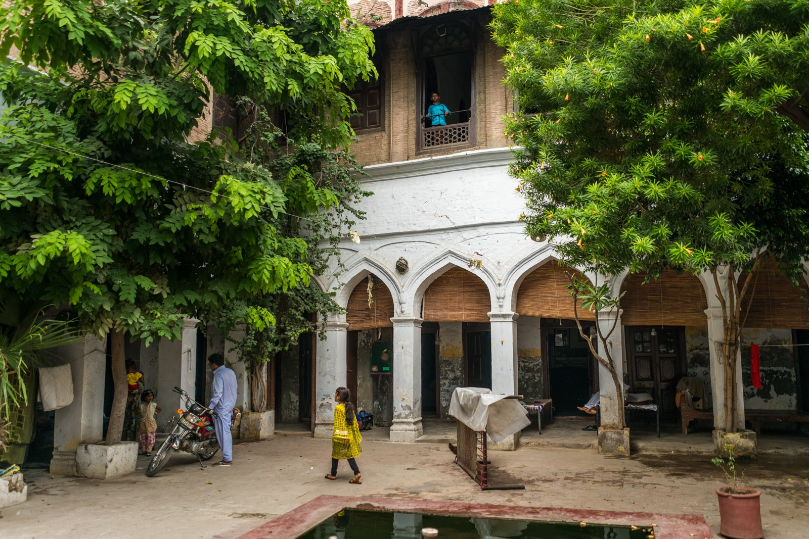 Unique things to do in Lahore, Pakistan - Haveli courtyard in the Walled City of Lahore, Pakistan