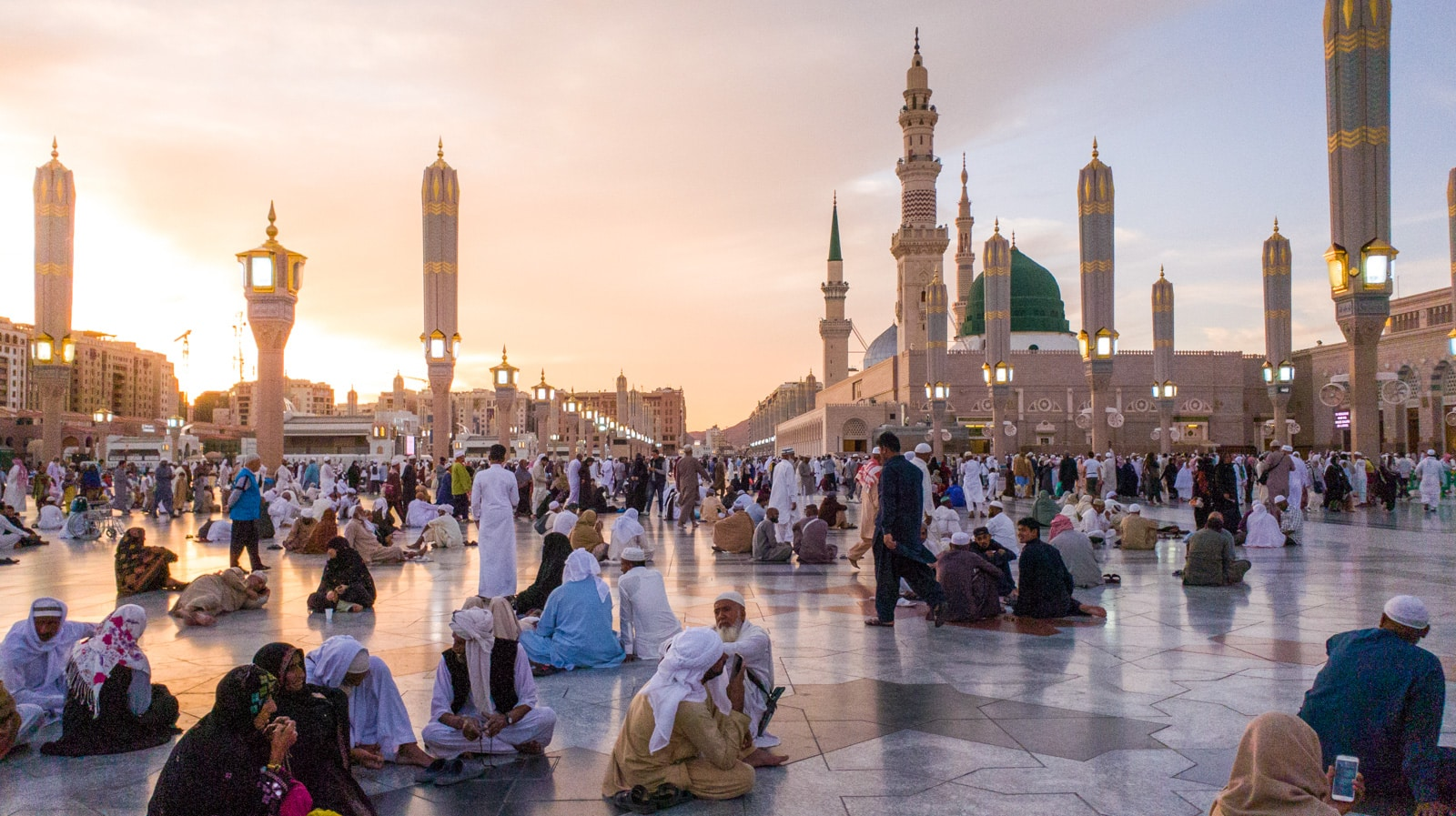 Sunset over Masjid Nabawi, the Prophet's mosque, in Medina, Saudi Arabia