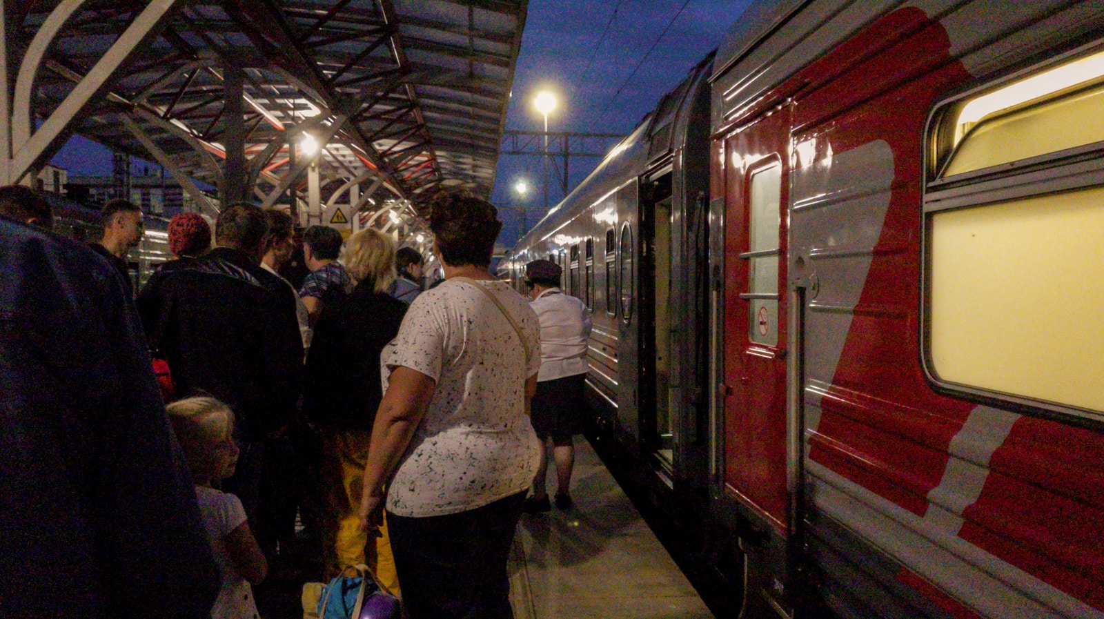 Line to get on train in Kazan, Russia